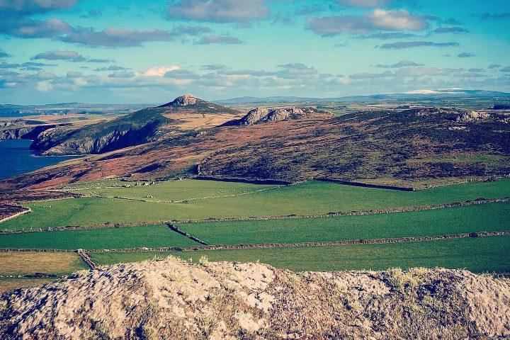 MUUK-Adventures, Pembrokeshire Coast Path, Adventure wales, Adventure Holidays, Kayaking St Davids, Coasteering St Davids
